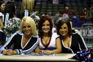 Colorado Crush Cheerleaders and KC Brigade Dance 04/27/2007
